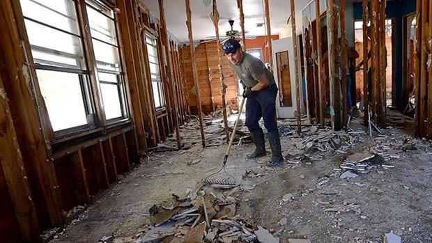 electrician-construction-labor-shortage-contractor-rebuilding-hurricane-home